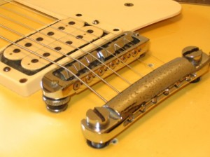 Les Paul Bridge 3